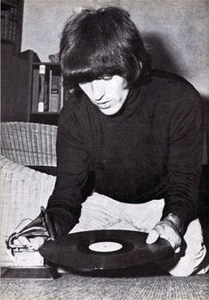 George photographed at Kinfauns in 1965 by Henry Grossman