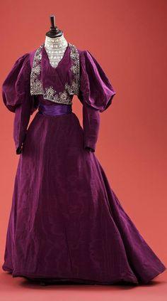 Dress of silk moiré.1890s Collection of Alexandre Vassiliev via RussModa magazine