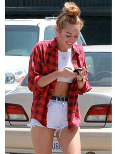Miley looks cute and comfy in this laidback look!