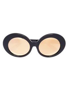 LINDA FARROW oval sunglasses. #lindafarrow #圆框太阳眼镜