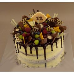 Naha, Birthday Cake, Cakes, Desserts, Food, Tailgate Desserts, Scan Bran Cake, Birthday Cakes, Kuchen
