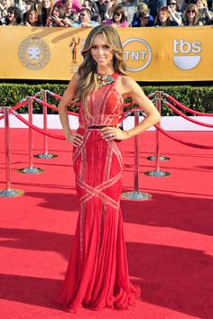 Guliana Ransick - such a strong and beautiful woman and survivor Jennifer Carpenter, Fitness Inspiration, Style Inspiration, Kelly Osbourne, Sag Awards, Red Carpet Dresses, Red Carpet Fashion, Fashion Photo, Celebrity News