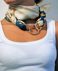 chain fulard