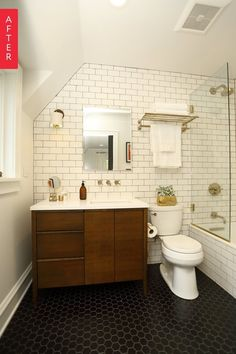 Before & After: A Midwestern Bathroom Opens Up | Apartment Therapy