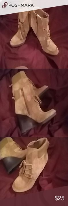 WOMANS LEATHER FRANCO SARTO BOOTIE Brown wedge hill bootie sz 8 very gently used worn once Franco Sarto Shoes Ankle Boots & Booties