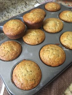 Make and share this Easy Banana Muffins recipe from Food.com.