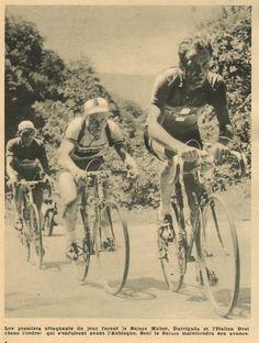 Tour de France 1953. 10^Tappa, 13 luglio. Pau > Cauterets. Marcel Huber (1927), André Darrigade (1929) e Umberto Drei (1925-1996) [Le Miroir des Sports]