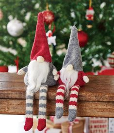 Simply Crochet Magazine Issue Christmas Gnomes pattern by Hannah Cross available to buy on Ravelry Knitted Christmas Decorations, Crochet Christmas Ornaments, Christmas Crochet Patterns, Holiday Crochet, Christmas Gnome, Christmas Knitting, Scandi Christmas, Christmas Projects, Christmas Balls