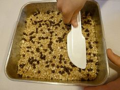 Easy Granola bars Easy Homemade Granola Bars...super easy and kids love them!
