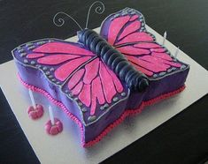 butterfly cake. Oh! if I can pull this off next year, I'll have a very happy little girl.