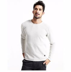Casual Men Pullover Material: 100% Cotton.