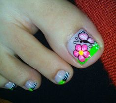 Pedicure Nail Art, Toe Nail Art, Summer Toe Nails, Fun Nails, New Nail Art Design, Glittery Nails, Flower Nail Art, Toe Nail Designs, Gorgeous Nails