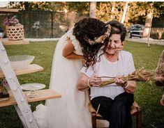 Momentos únicos de la boda: Girls Dresses, Flower Girl Dresses, Wedding Dresses, Flowers, Fashion, Head Bands, Brides, Fur, Wedding