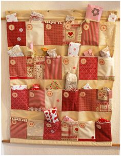 Calendario de Adviento con regalos/ Advent calendar with presents