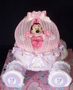 New Baby Shower Ideas Minnie Mouse Decoration Diaper Cakes 61 Ideas Disney Diaper Cake, Princess Diaper Cakes, Diaper Cake Boy, Nappy Cakes, Baby Shower Diapers, Baby Shower Cakes, Baby Shower Parties, Baby Shower Gifts, Minnie Mouse Baby Shower