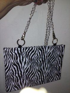 Bolsa confeccionada com caixa de sucrillho, forrada com tecido de algodão!!!!