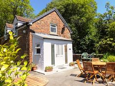 Kingfisher, Blaenwaun, South Wales and Pembrokeshire, Wales, Sleeps 5, Bedrooms 3, Self-Catering Holiday Cottage with Woodburner. Pet Friendly.
