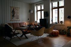 #Eames Lounge Armchair Rod