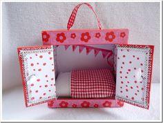 Cute idea for a travel dollhouse
