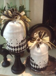 These Decorator pumpkins can be ordered from Cindyjaegerdesigns@hotmail.com
