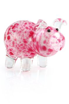 This Little Piggy Wears Spots This version of our Daisy the Pink Pig shape features a white head and body accented by rich pink spots with clear legs and ears.
