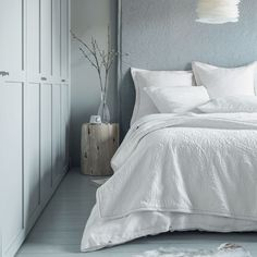 Find out how to decorate with white. The go-to neutral pairs perfectly with every shade. But don't underestimate its power to stand alone