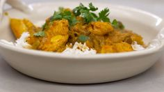 Eén - Dagelijkse kost - kippenblokjes in currysaus met shiitake en rijst