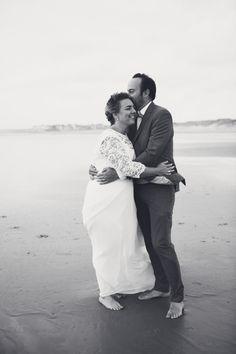 #photographie #photography #mer #beach #afterday #couple #happymoments #manon #debeurme #photographe #photographer #lille #nord #france Happy Moments, France, Couple Photos, Couples, Wedding Dresses, Beach, Photography, Couple Shots, Bride Dresses