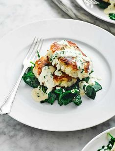 These spring onion haddock cakes are not only super simple to make, but are also full of flavour and are a great low calorie midweek meal. Serve with wilted spinach or your choice of green veggies