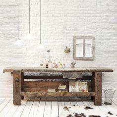 Ancien établi en bois - Antique wooden workbench / desuet.fr