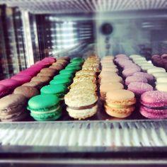 Colorful macarons.