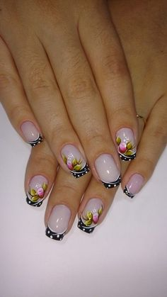 Nails decorated with floral print Pretty Nail Designs, Gel Nail Designs, Nail Pops, French Tip Nails, Flower Nails, Spring Nails, Manicure And Pedicure, Toe Nails, How To Do Nails