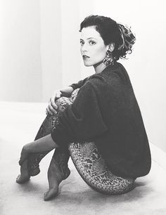 Sigourney Weaver. Could you just stop it, you absolutely flawless woman? Just for a second?