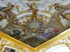 Catherine Palace is Rococo palace located in the town of Tsarskoye Selo (Pushkin), 25 km south-east of St. Petersburg, Russia. It was the summer residence of the Russian tsars.