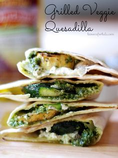 Grilled Veggie Quesadilla with creamy goat cheese and homemade pesto! Try with spinach pesto! Veggie Dishes, Veggie Recipes, Mexican Food Recipes, Vegetarian Recipes, Dinner Recipes, Cooking Recipes, Healthy Recipes, Skillet Recipes, Cooking Tools