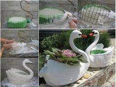 DIY Swan Pot Planter from Plastic Bottles Garden Crafts, Garden Projects, Garden Art, Plastic Bottle Planter, Plastic Bottles, Garden Planters, Planter Pots, International Craft, Cool Paper Crafts