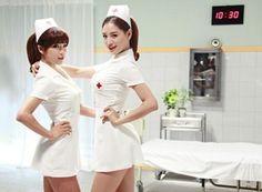 RainbowのジェギョンとヒョニョンがA-JAXの新曲「Insane」のMVに看護師姿で出演する。「Insane」MVティーザーは今日(8日)正午に公開