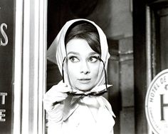 Love Audrey. film, trailer, fashion, old movies, breakfast at tiffanys, audrey hepburn, audreyhepburn, glove, scarv