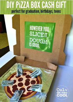 DIY Pizza Box Cash Gift with FREE Printables -- Perfect for graduation!!