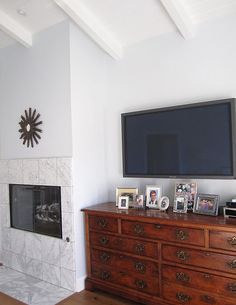 Idea for our master, but smaller tv