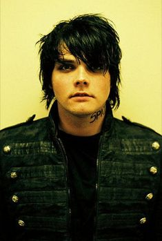 Gerard way | gerard-way-smart-guy-2.jpg