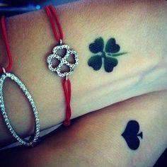 24 Lucky Irish Four Leaf Clover Tattoos Designs Armband Tattoos, Anklet Tattoos, Tattoo Bracelet, Tatoos, Time Tattoos, Small Tattoos, New Tattoos, Cool Tattoos, Cousin Tattoos