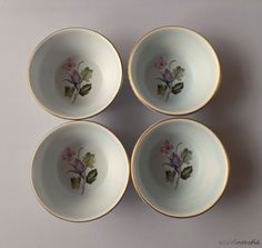 Set of 4 Dutch Flora Keramiek Gouda Holland peanut bowls or snack bowls with pattern Karin dating from 1960-1967 by SoVintastic, €17.99 only