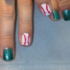 I'm going to do my nails like this for sure!