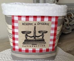 corbeille à pain en toile à matelas : Textiles et tapis par nicola-campagne