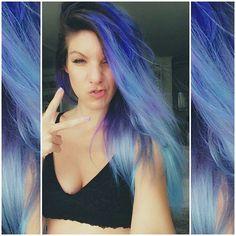 Meus Cabelos: Azul � a cor mais quente http://marimoon.com.br/content/post/meus-cabelos-azul                                                                                                                                                                                 Mais