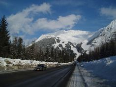 Girdwood - The best places to visit in Alaska, USA Girdwood Alaska, Anchorage Alaska, Alaskan Honeymoon, Alaska Travel, Alaska Trip, Alaska Summer, Cool Places To Visit, Trip Advisor, The Good Place