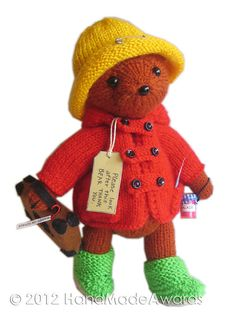 NOTE: You will receive the PATTERN to make your own toy NOT the finished toy! What a lovely Paddington Bear! Paddington is so cute and so Knitting For Kids, Knitting Projects, Baby Knitting, Knitted Dolls, Crochet Toys, Knit Crochet, Ours Paddington, Paddington Bear Toy, Teddy Bear Knitting Pattern