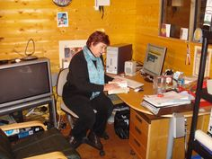 Mirren in her writing shed