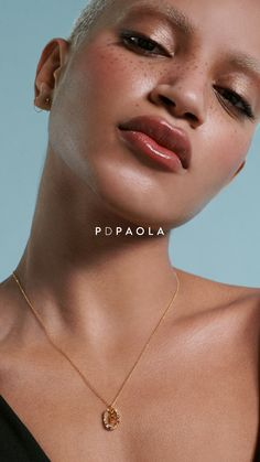 Floating amulets in an identity rebellion. An encapsulated poem of your inner essence. Get your letter's necklace   pdpaola.com Glitter Makeup, Glam Makeup, Makeup Inspo, Makeup Tips, Face Drawing Reference, Jewellery Advertising, Beauty Shoot, Normal Skin, Poses